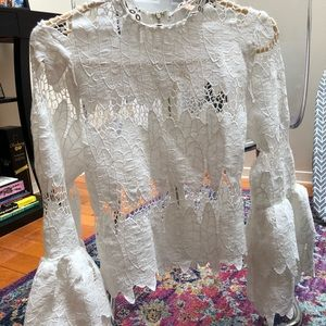 Fashion lace top with detailed neck